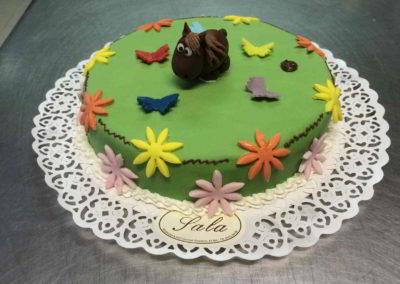 torte-bizzarre-pasticceria-sala-03